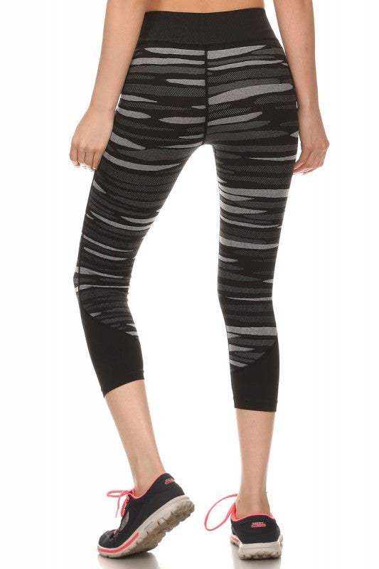 Striped Yoga Capri Women's Leggings | Small/Medium / Black/Gray | Activewear | JacksonsRunaway