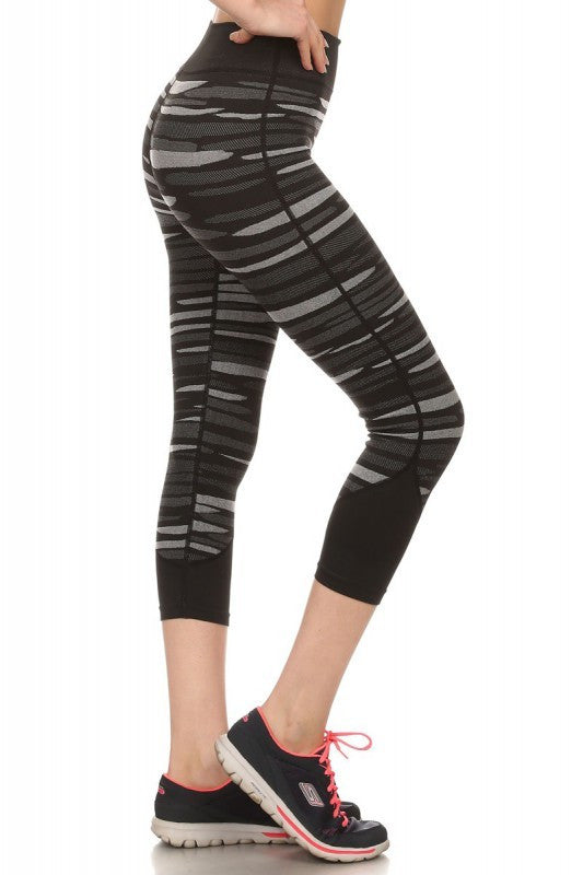Striped Yoga Capri Women's Leggings | Large/X-Large / Black/Gray | Activewear | JacksonsRunaway