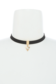 Find Your Way Choker Necklace in Black