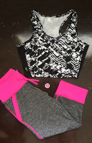 Capri Yoga Leggings with Pockets on Jacksonsrunaway.com
