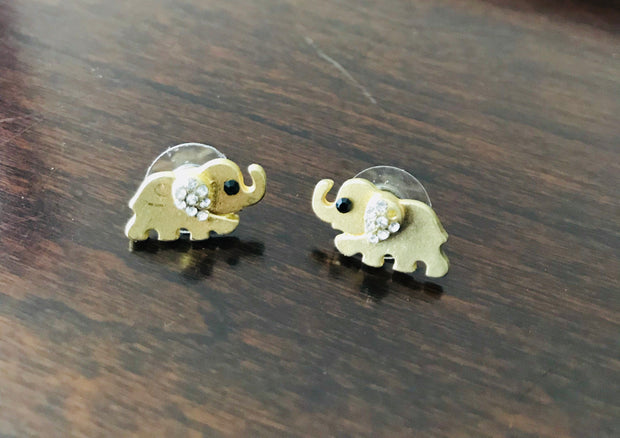 Trunk On Stud Crystal Earring
