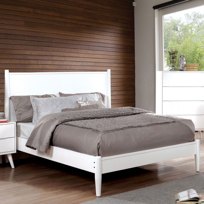 LENNART II White Cal.King Bed image