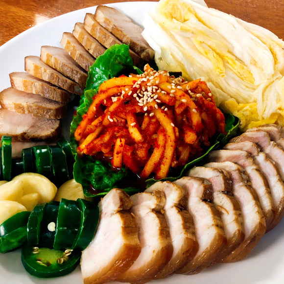 PM8. Bossam (Steamed Sliced Pork) Pack