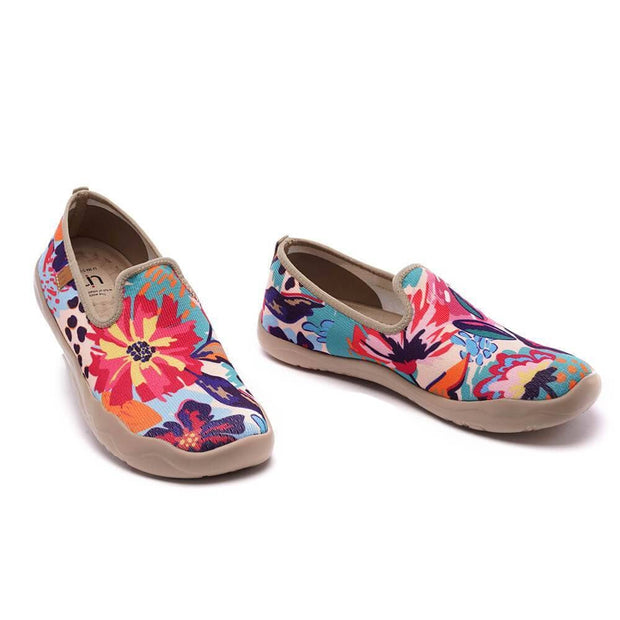 UIN Footwear Women Wildflower Canvas loafers