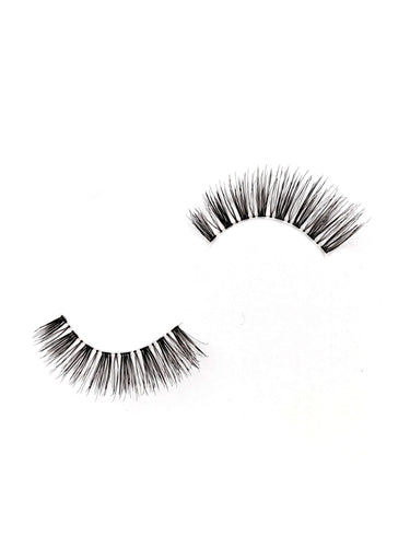 natural false eyelashes in the style ren, from dotted cosmetics