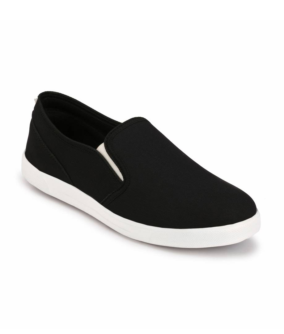 Men Black Slip-On Canvas Casual Shoes - vezzmart