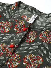 Load image into Gallery viewer, Stylish Grey Cotton Floral Printed Top - vezzmart