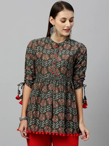 Stylish Grey Cotton Floral Printed Top - vezzmart