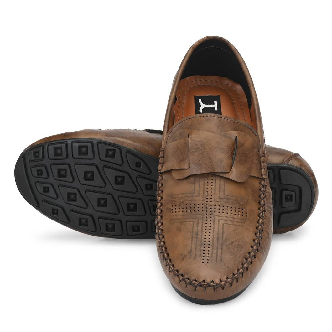 Men's Stylish and Trendy Brown Textured Synthetic Leather Casual Loafers - vezzmart