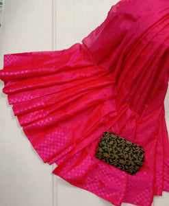 Women's Beautiful Pink Solid Silk Blend Saree with Blouse piece - vezzmart