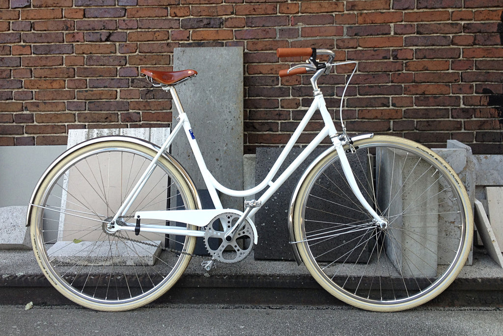 NEOREALISTA, Bianco Vaticano, Single speed