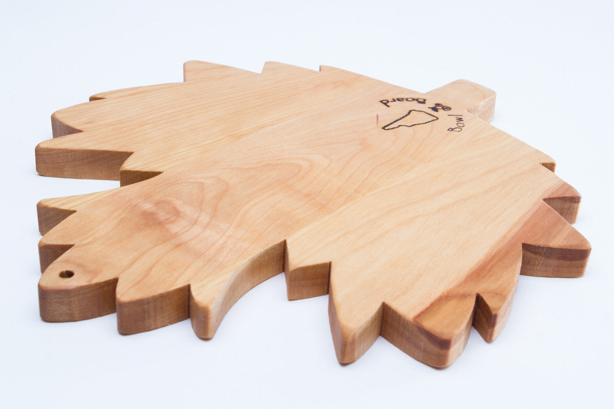 Large maple leaf cutting board nh bowl and new