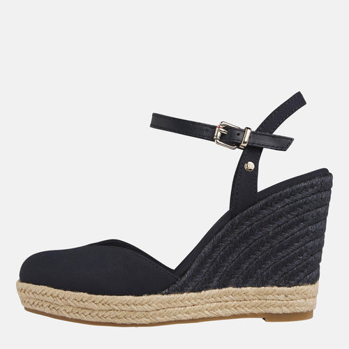 Basic Closed Toe High Wedge Desert Sky