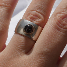 Load image into Gallery viewer, Silver ring with garnet