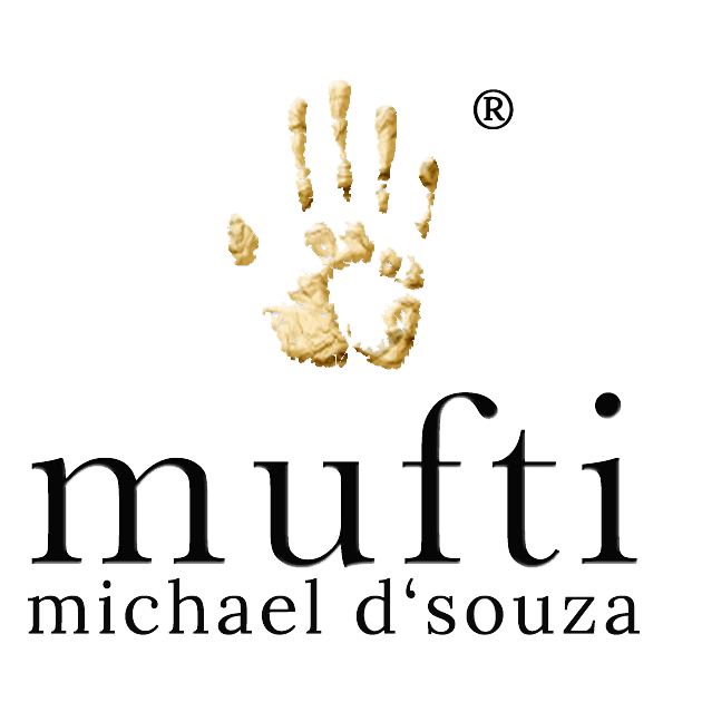 Today Mufti evokes this relaxed but sophis- ticated lifestyle with a combination of original designs, exceptional craftsmanship and natural raw materials. If you are wondering about our logo, it represents our commitment to rebuilding the dying traditions of handcraftsmanship.