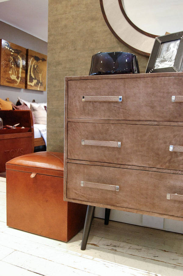 Portobello Chest of Drawers From side with decor