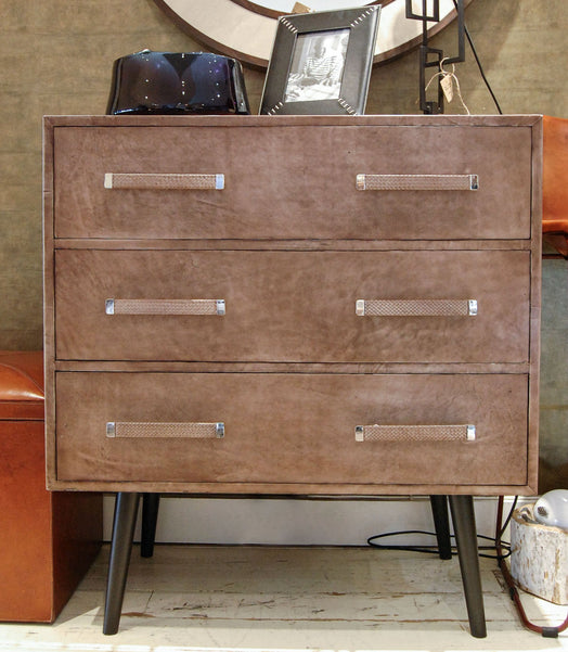 Portobello Chest of Drawers with decor