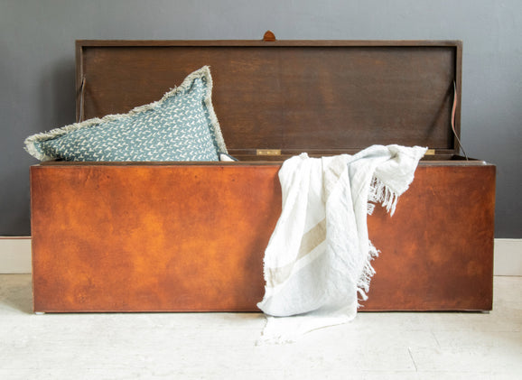 Havana Blanket Storage Box with Pillow and throw