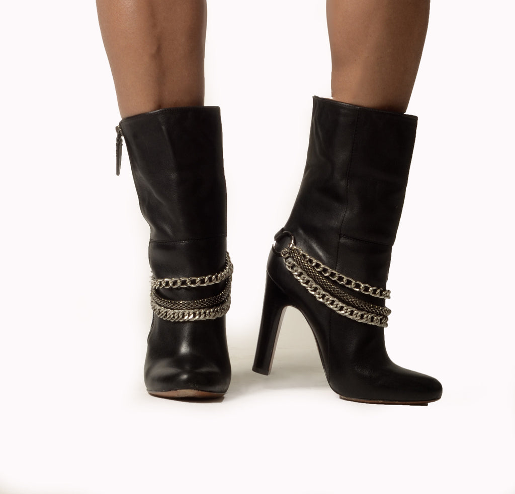 Triple chain boot strap