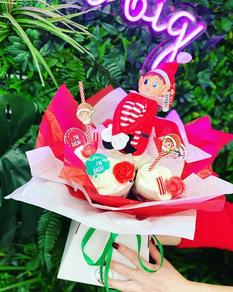 He's back.... Elf on the Shelf Bouquet