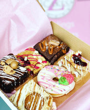 Load image into Gallery viewer, Brownies & Blondies Treat Box