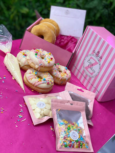KIDS DOUGHNUT DECORATING KIT