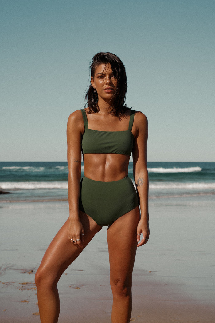 Karli Crop // Seaweed Green