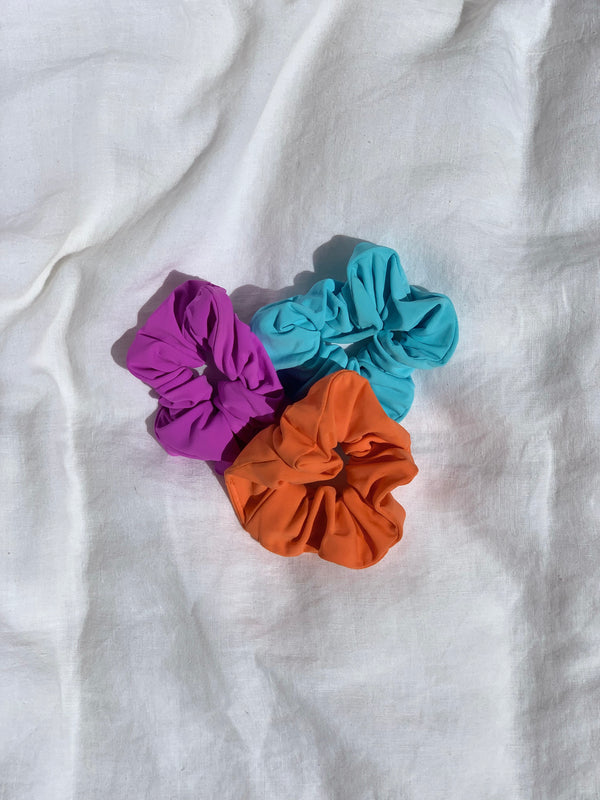 4 pack of Assorted Scrunchies
