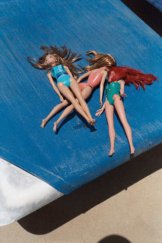 Luis Garcia - Barbies At The Beach, 2018