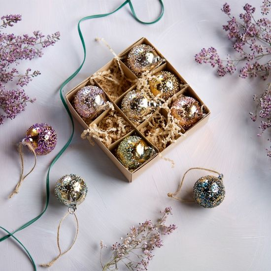 Gold Stubbled Boxed Ornaments