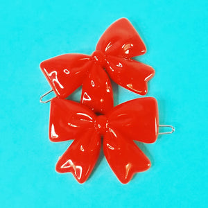VINTAGE BOW BARRETTES - RED