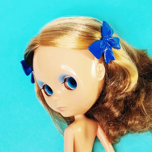 VINTAGE BOW BARRETTES - BLUE