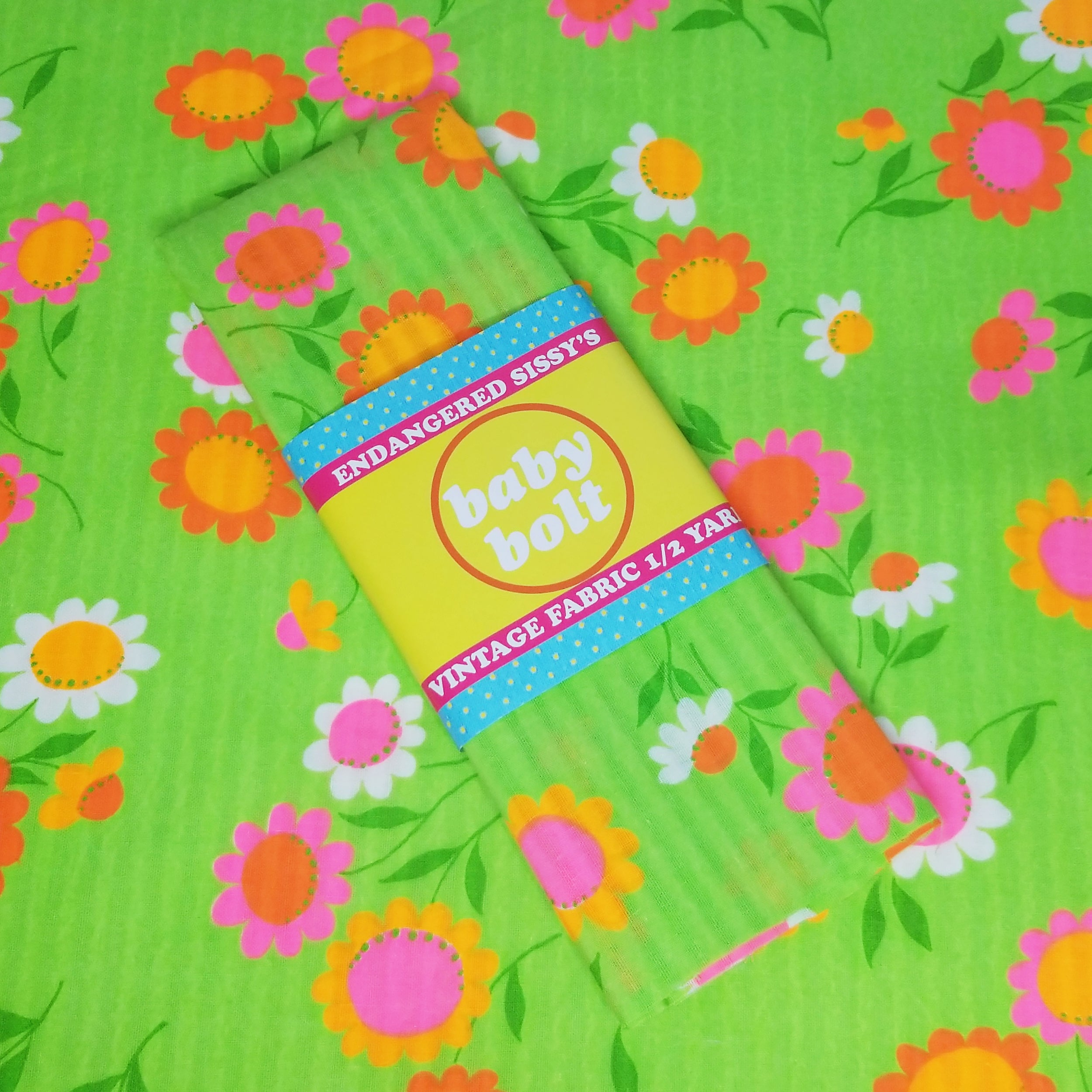 VINTAGE FABRIC BABY BOLT HALF-YARD -  SIXTIES' FLOWER POWER PRINT ON LIME GREEN