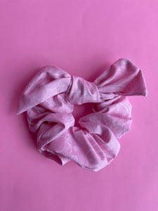 Pink with white bunnies scrunchie - with bow