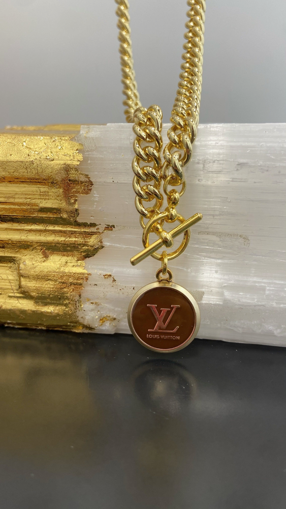 Gold Front Clasp LV Necklace