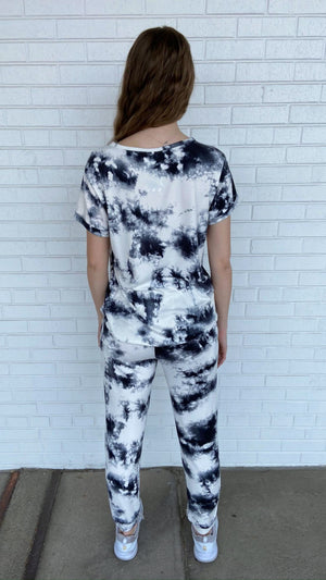Black and White Tie-Dye Tee