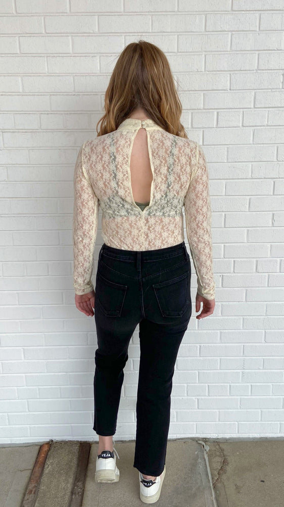 Load image into Gallery viewer, Off White Lace Bodysuit