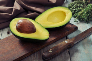 8 ways that avocado oil helps your skin