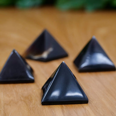 Sumatra Amber Pyramids - Crystal Magic online