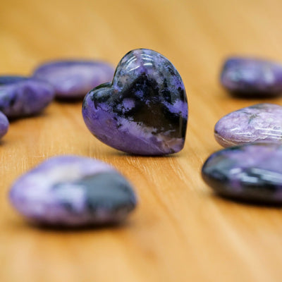 Charoite Hearts - Crystal Magic online