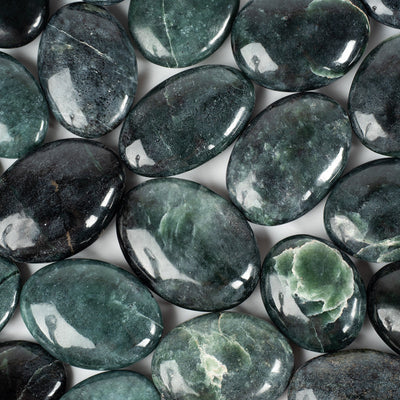 Jade Palm Stones-Crystal Magic online