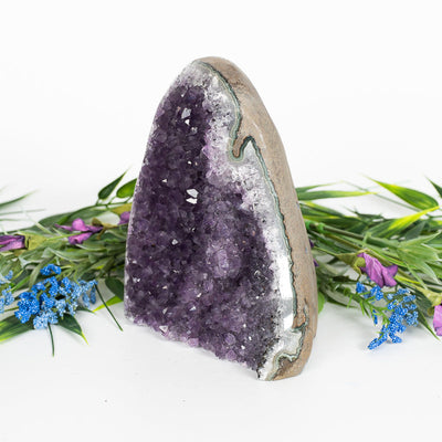 Amethyst Geode-Crystal Geode-Crystal Magic online