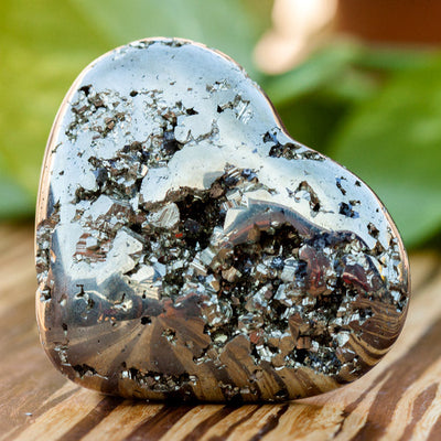 Pyrite Hearts - Crystal Magic online
