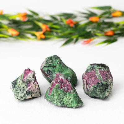 Ruby Zoisite Chunks - Crystal Magic online
