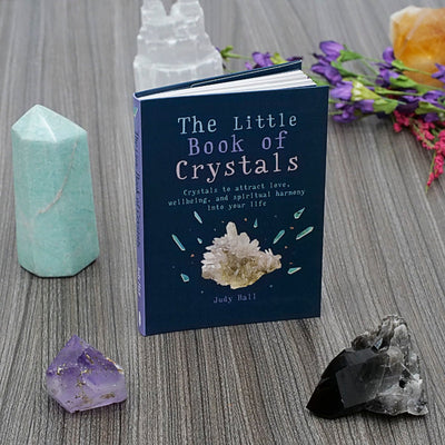 The Little Book Of Crystals - Crystal Magic online