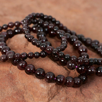 Garnet Bracelet - Crystal Magic online