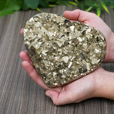 Pyrite Heart - Crystal Magic online