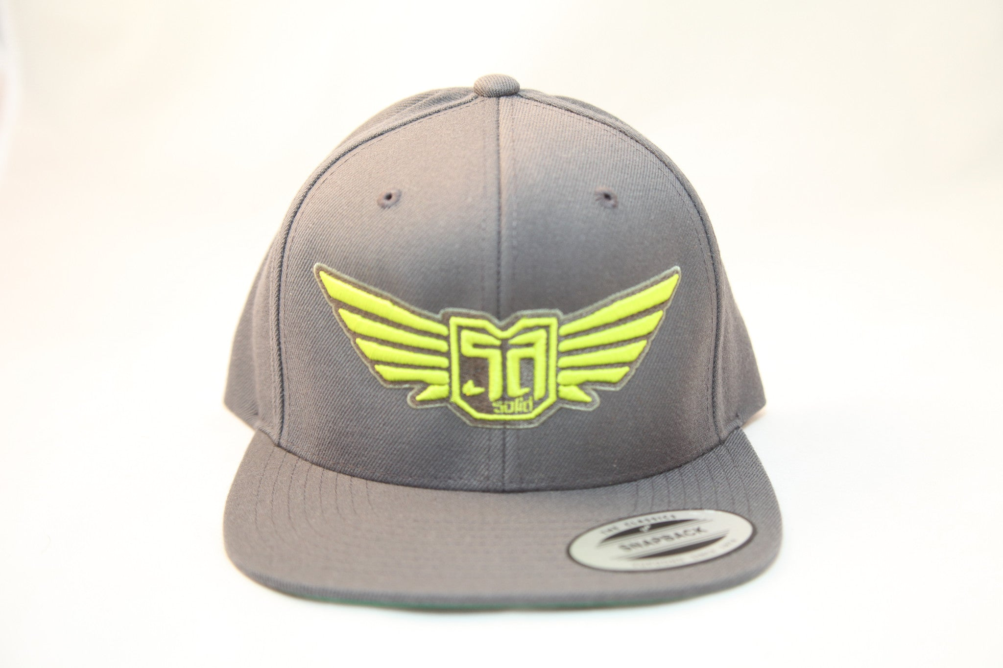 AV8 - FLEXFIT SNAP BACK HAT - CHARCOAL GREY - YLW / OLV LOGO