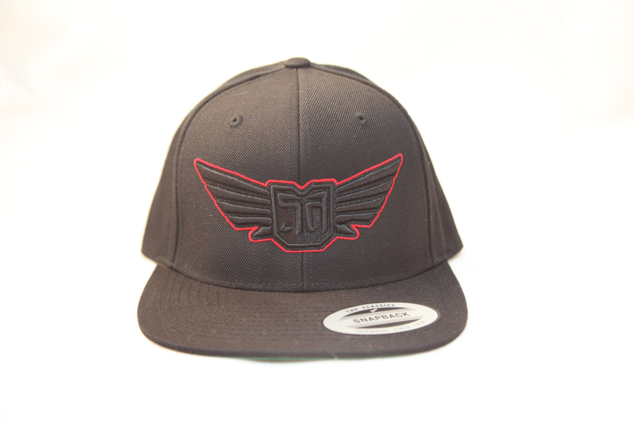 AV8 - FLEXFIT SNAP BACK HAT - BLACK - BLK BLK RED LOGO
