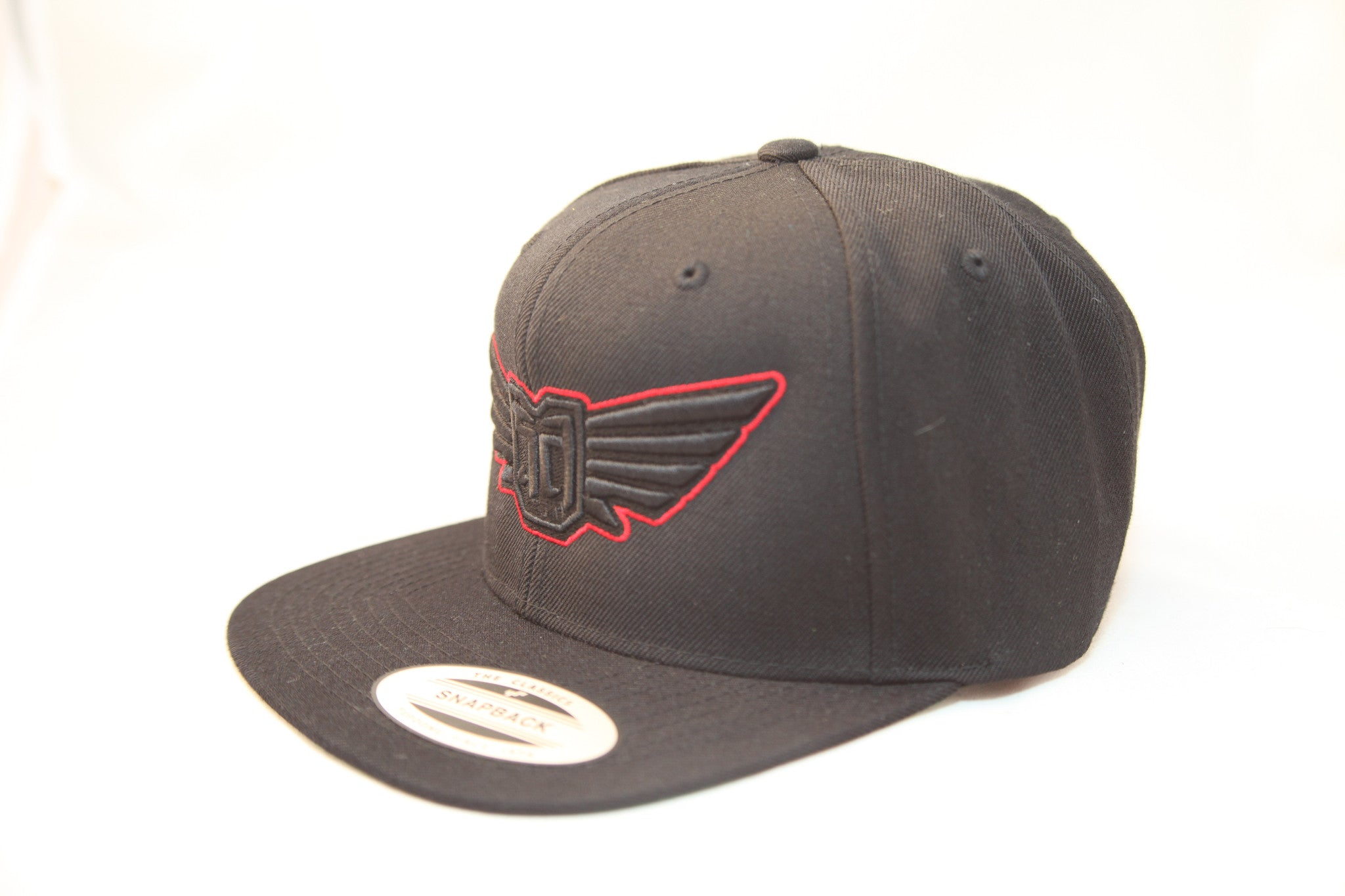 FLEXFIT SNAP BACK HAT - BLACK - BLK / RED